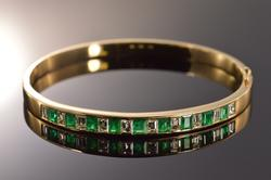 High Quality 3+ctw Emerald & DIamond Bangle, 18kt