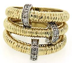 Two Tone Ribbed Diamond Bar Ring