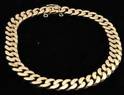 18 KT SOLID GOLD CURB LINK BRACELET