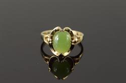 10K Yellow Gold Cabochon Jade Fancy Setting Ring