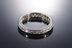 Platinum 1.00 Ctw H/SI Infinity Eternity Wedding Band Ring