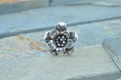 3D Flower Ring Size 6 Silver