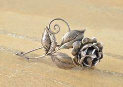 Antique Style Ornate 3D Rose Peony Flower Pin Silver