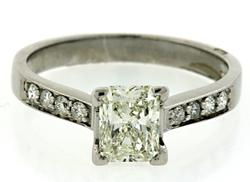 1.10 CTW Diamond Ring in 18K