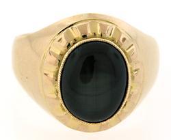 Gents Black Star Sapphire Ring in 18K