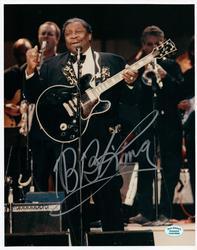 B.B. King Autographed Signed 8x10 Concert Photo AFTAL U