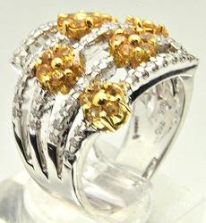 Beautiful Design Yellow Sapphire & Diamond Ring