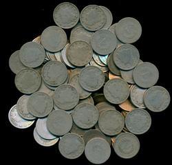 Bag of 100 assorted Liberty 'V' Nickels. Circs