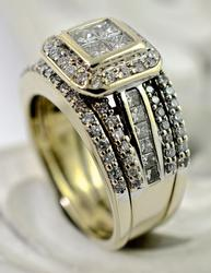 Wide Whiote Gold Diamond Ring Set