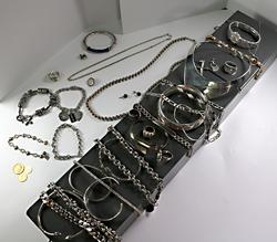 Safety Deposit Box Clearance: Jewelry, Coins & 1 Watch