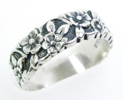 Vintage Sterling Ring of Forget-Me-Nots