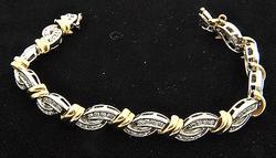 Elegant 2ctw Diamond Bracelet in 14kt Two Tone Gold