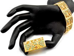 Stunning Vintage 18K Bracelet & Brooch