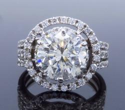 Glamorous 2.98CTW Diamond Ring
