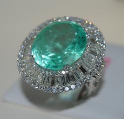 18kt Gold, Emerald, & Diamond Ring