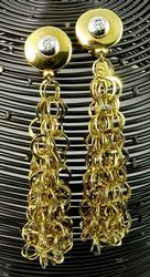 Drop Style Pair of 18kt Gold Dangle Earrings