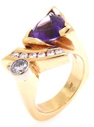 Art Deco Amethyst and Diamond Ring