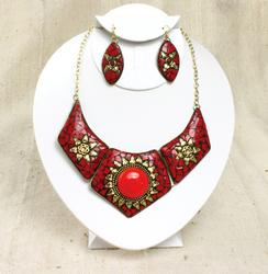 Gorgeous Ethnic Art Handcrafted Inlaid Gem Necklace Set