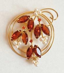 Graceful, Prong Set Rootbeer & Tangerine Rhinestones, Pearls Brooch