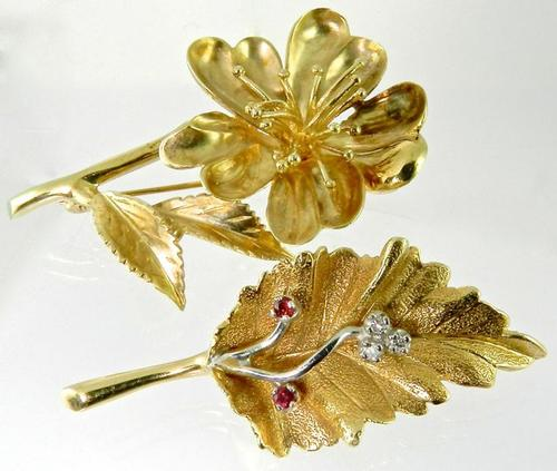 Pair of Lovely Vintage Brooches