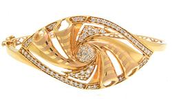 Absolutely Stunning 21KT Diamond Bangle