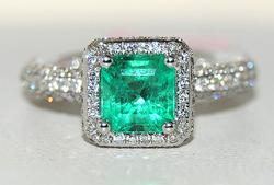 2+ctw Emerald & Diamond 18kt Gold Ring, Gorgeouse!