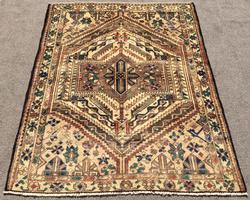 Simply Beautiful Colors Hand Woven Persian Samane-Bakhtiari Rug