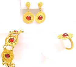 Classic Carnelian Jewelry Set in 18kt
