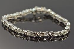 Elegant 2+ctw Baguette Diamond Tennis Bracelet