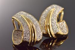 18K Gold 1.98 Ctw Diamond Encrusted Earrings
