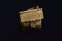 14K Gold 3D Hinged Roof House Vintage Charm