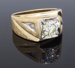 Men's Ring 1.00+ Carat Center Diamond