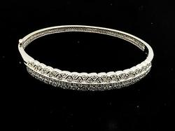 Elegant 14kt Gold 1ctw Diamond Bangle Bracelet