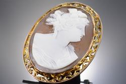 14K Gold Victorian Carved Cameo Woman Pin/Brooch