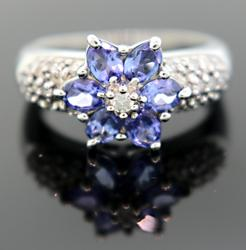 Tanzanite & Diamond Flower Ring