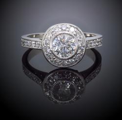 Gorgeous 14K White Gold 1.25CTW Diamond Ring