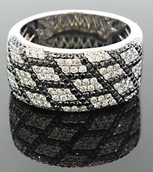 Elegant Black & White 1+ctw Diamond Ring, 14kt Gold