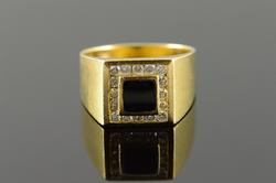 18K Gold Onyx and Diamond Ring