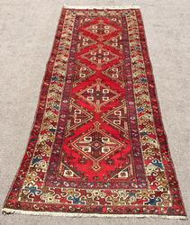 Artistic Geometric Design Mid-20th C. Hand Woven Vintage Persian Sarab Rug