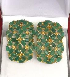 14KT GOLD AND EMERALD EARRINGS
