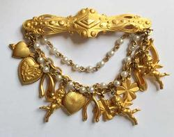 Dangling, Multiple Gold Tone 'Charms' Angels, Hearts, Pearls, Brooch Pin