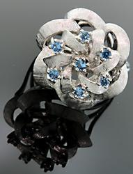 Flower Dome Top ring with Blue Topaz