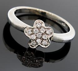Diamond Flower Cluster Ring in 18K