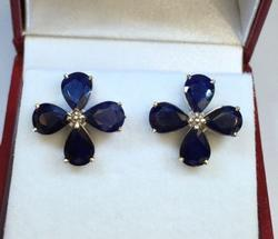 Mint Condition 14kt Gold and 6 Carat Sapphire Earrings