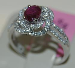 Very Fine 18K White Gold and Diamonds With Nice Ruby