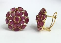 9 Carat Ruby Earrings in 14kt Gold