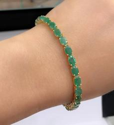 14+ CTW Emerald and 14kt Gold Bracelet