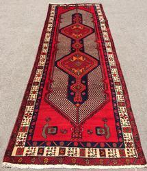 Very Artistic Design Mid-20th C. Handmade High Quality Vintage Persian Rug