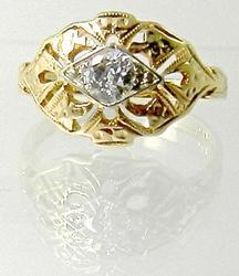 Sweet Vintage Diamond 14K Ring