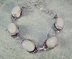 Charming Ethnic Handmade Natural Stone Bracelet